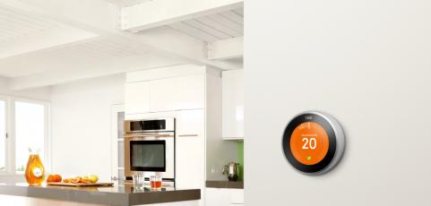 Nest: ahorra calefacción sin perder confort con este termostato que sabe cuándo llegarás a casa