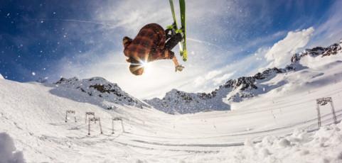 Las mejores apps para rendir más esquiando con tu smartwatch