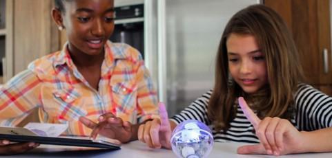 No solo juego: cómo la tecnología puede ayudar a los niños a aprovechar las vacaciones