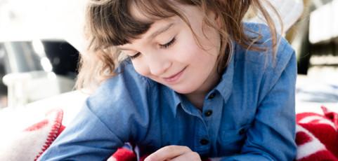 Mi hijo tiene 9 años y quiere un móvil: ¿qué alternativas tengo?