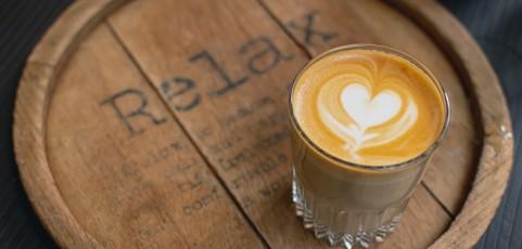 Las cinco cosas que más valoran los apasionados del café de las cafeteras manuales