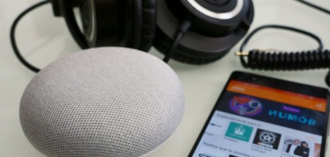 Cómo escuchar noticias y podcasts en Google Home