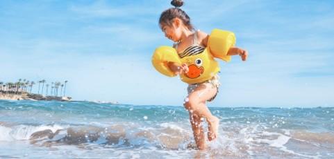 11 dispositivos que te harán la vida más fácil si viajas con niños estas vacaciones