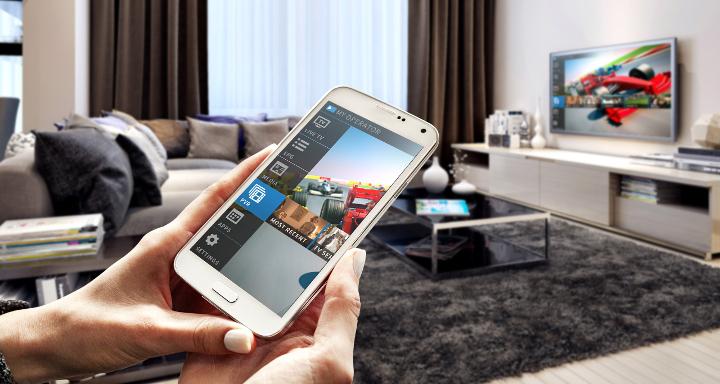 fd1c5ec56b4 Los Smart TV facilitan mucho la tarea de conectar el smartphone o tablet a  nuestro televisor, algo impensable hace 10 años con los antiguos  televisores y ...