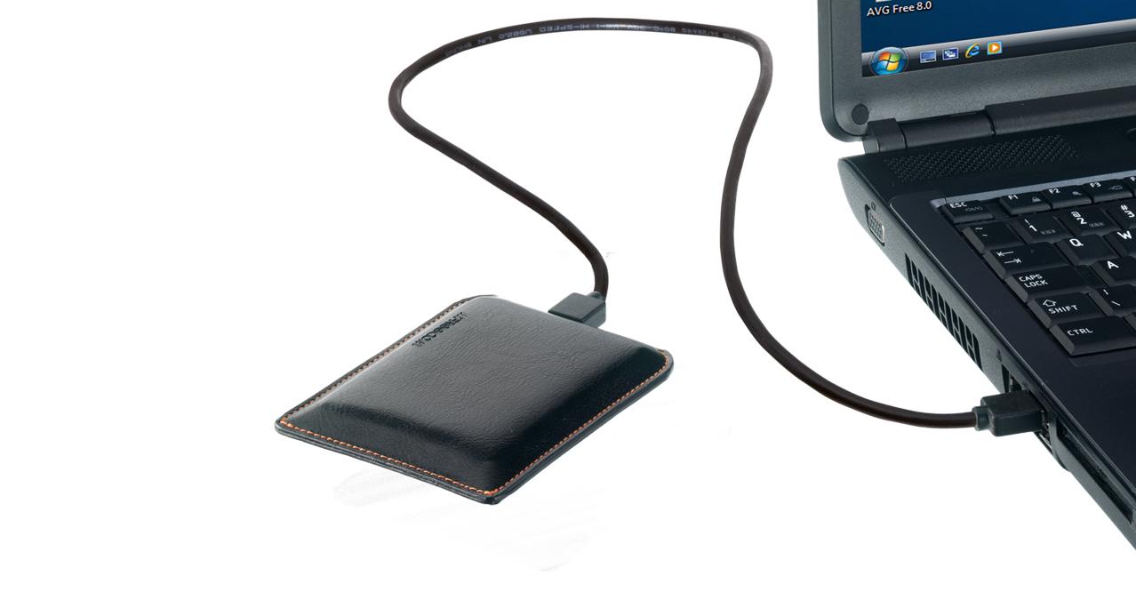 L_Freecom_Mobile_Drive_XXS_Leather_laptop