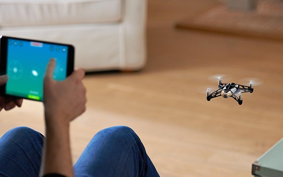 Parrot-Drones-10