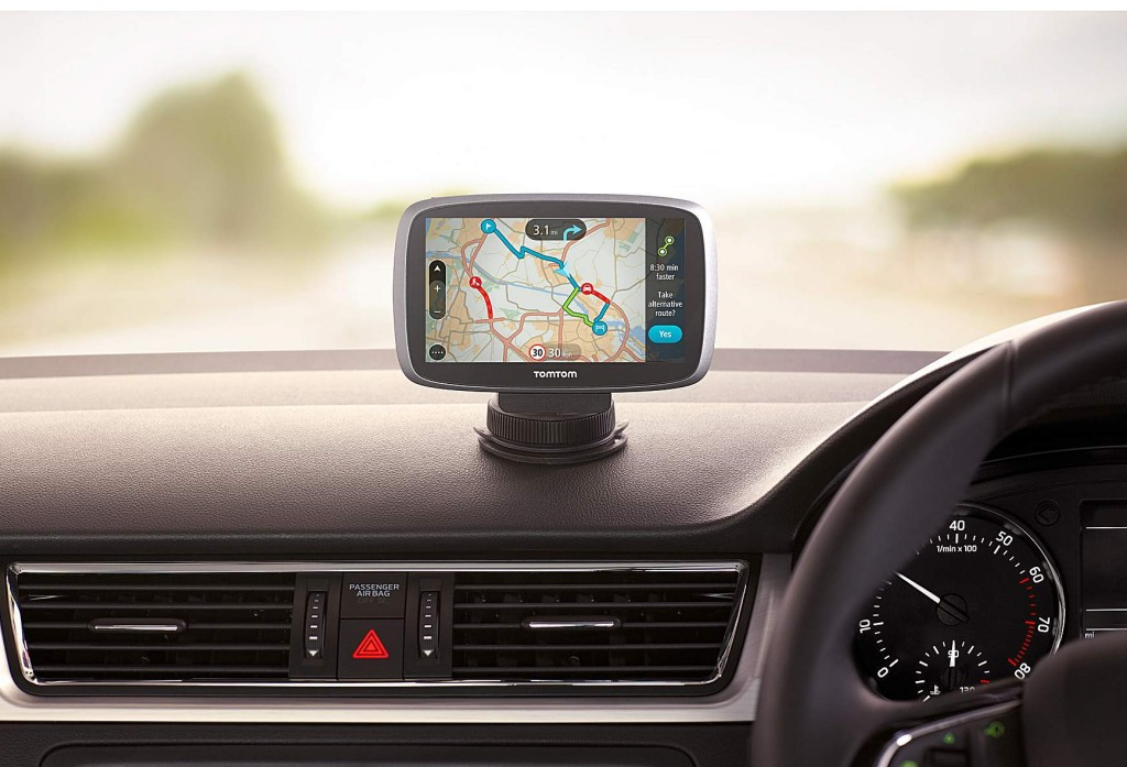 qm088_114736_tomtom_go_5100_world_lifestyle