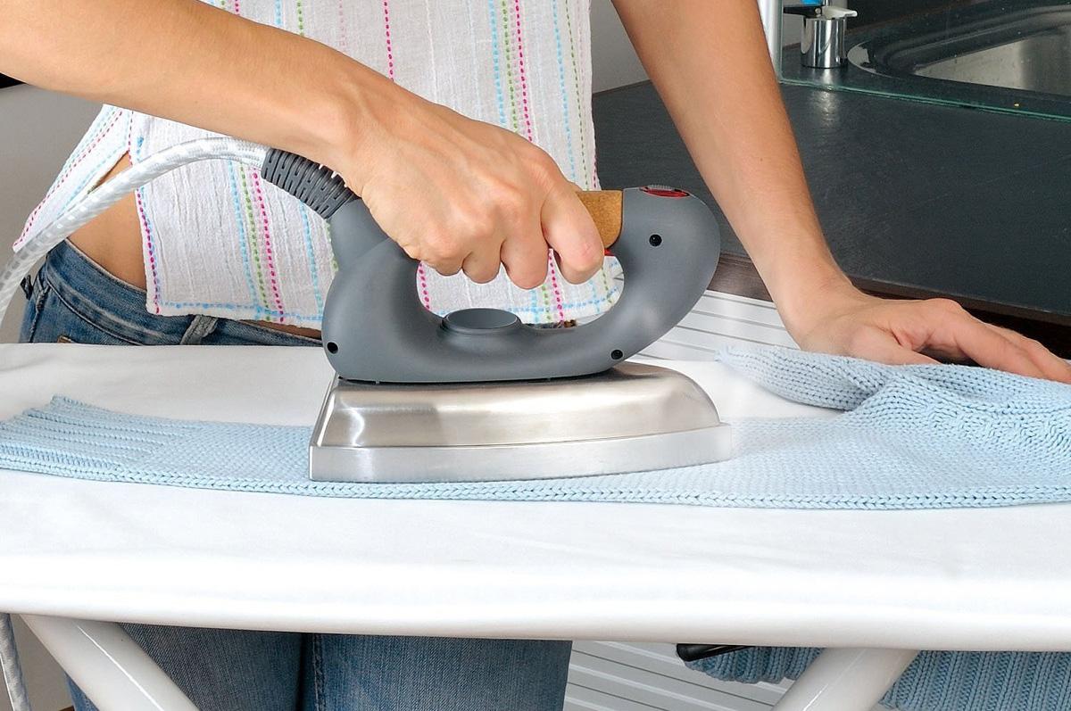 un centro de planchado en lugar de una plancha On planchar ropa facil y rapido