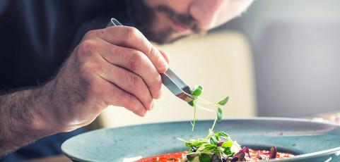 Siete regalos ideales para convertir a tu padre en un chef